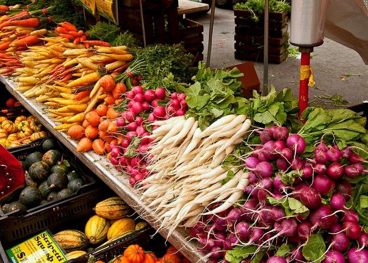 Pijaca.... - Page 2 Greenmarket-fall-veggies