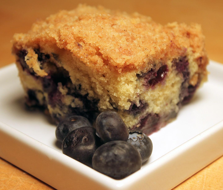 TBT Recipe: Blueberry Crumb Cake