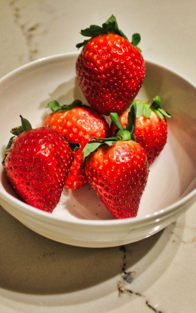 Strawberry and Prosecco Lemonade